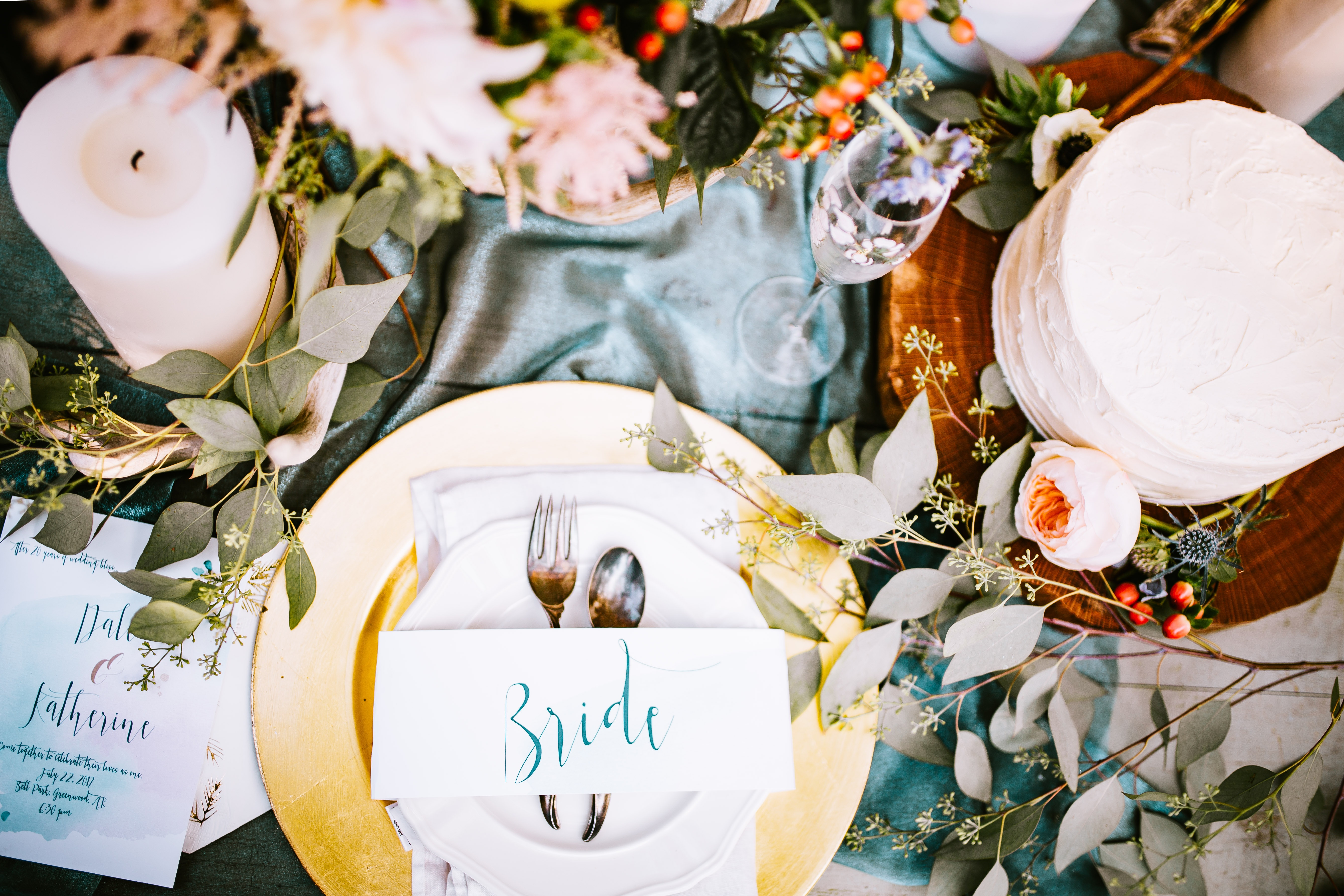 bride-set-up-annie-gray-376049-unsplash