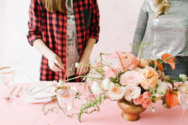 women working flower shop